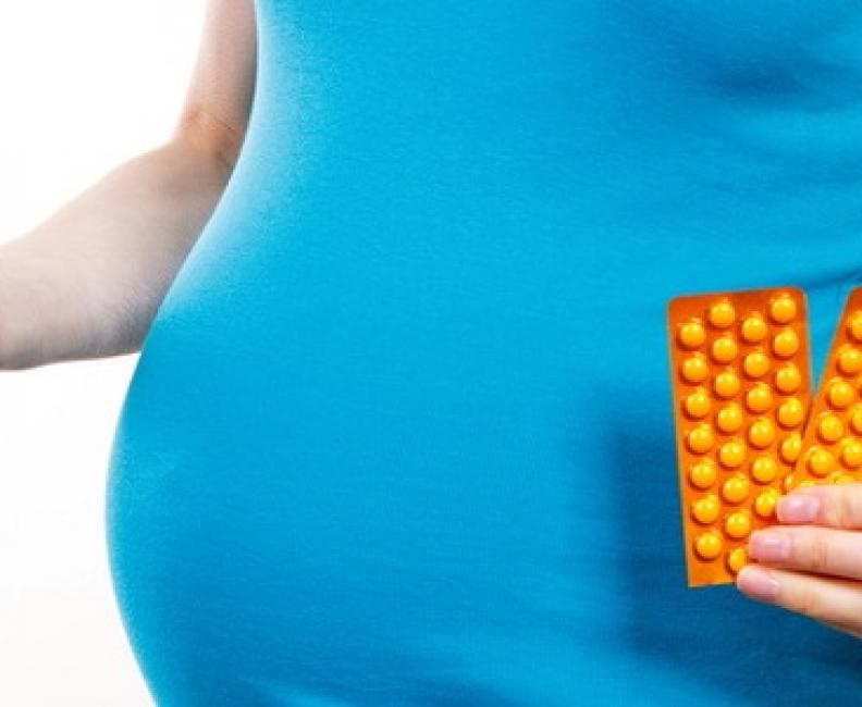 Najlepsze suplementy dla kobiet w ciąży – co powinny zawierać?